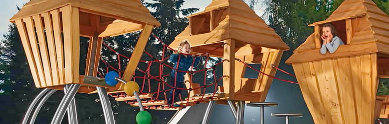 Outdoor Playgrounds & impact protection. Outdoor Fitness Equipment by Stilum. Made by inox, wood and recycled elastic granules